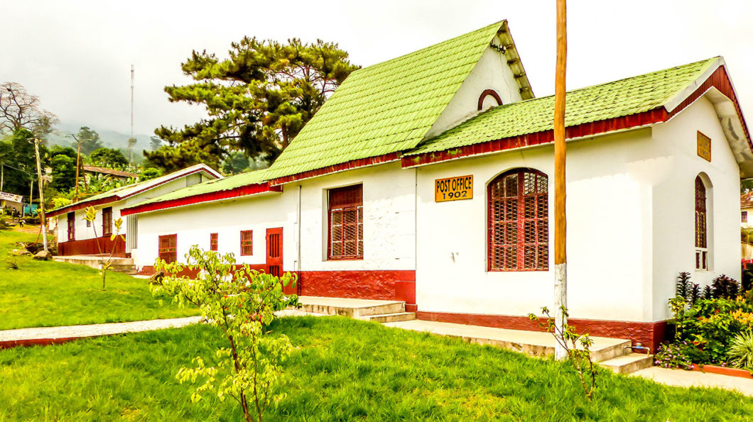 La premiere poste au Cameroun